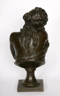 Patinated bronze antique French bust of a lady after Houdon - 1516281