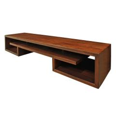 Paul Frankl Paul Frankl Pair Of Matched Low Coffee Tables In Brazilian Rosewood 1940s - 1055094