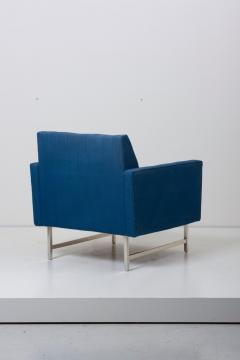 Paul McCobb Pair of Lounge Chairs by Paul McCobb for Directional upholstery needed - 1029785