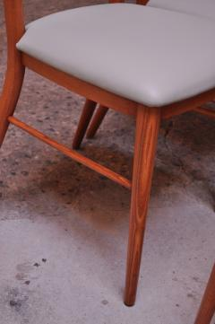 Paul McCobb Set of Eight Stained Maple Dining Chairs by Paul McCobb for Perimeter - 1113947