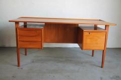 Peter L vig Nielsen Peter Lovig Nielson Designed Floating desk - 1089726