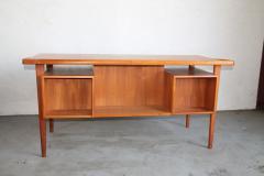 Peter L vig Nielsen Peter Lovig Nielson Designed Floating desk - 1089731