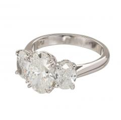 Peter Suchy Peter Suchy 2 01 Carat Oval Diamond Platinum Three Stone Engagement Ring - 528144