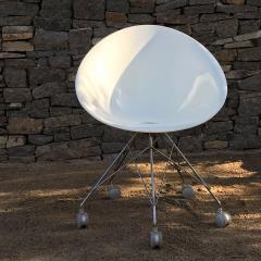 Philippe Starck Eros White Eiffel Swivel Chair Wire Base on Wheels Philippe Starck for Kartell - 1772736