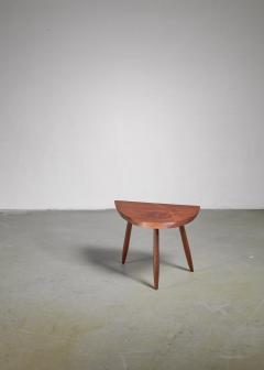 Phillip Lloyd Powell Phillip Lloyd Powell Studio Craft Walnut Side Table USA 1960s - 1112768