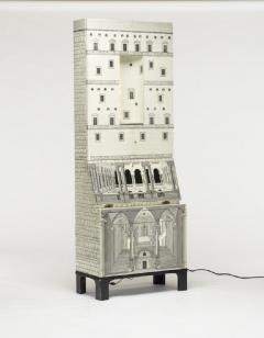 Piero Fornasetti Whimsical lacquered wood cabinet by Piero Fornasetti - 1172950