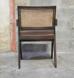 Pierre Jeanneret Set of 14 Amchairs in the style of PIERRE JEANNERET - 2031760