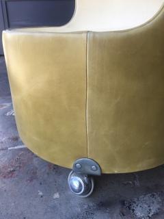 Poltrona Frau Italian 1960s Frau Leather Nightstand - 600901