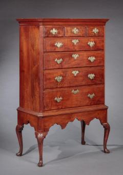 QUEEN ANNE CHEST ON FRAME - 1066447