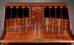 Queen Anne Block Front Desk Signed by Richard Walker - 283921