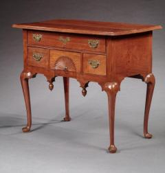 Queen Anne Lowboy with a Fan Carved Drawer - 663491