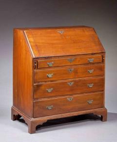 Queen Anne Slant Lid Desk - 129528