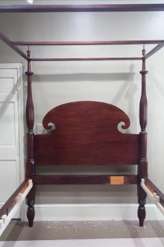 Queen Size Federal Mahogany Canopy Bed - 750290