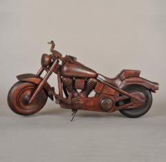 RARE MODEL OF A HARLEY DAVIDSON MOTORCYCLE - 736164