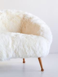 Ragnar Hels n Ragnar Hels n Sofa in White Sheepskin and Beech AB Stjernm bler Sweden 1956 - 1768203