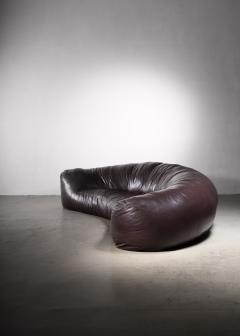Raphael Raffel Very large leather Croissant sofa by Raphael Raffel 1970s - 2066548
