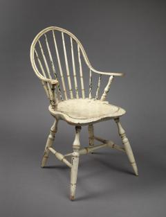 Rare Continuous Arm Windsor Chair Connecticut Circa 1800 - 155837