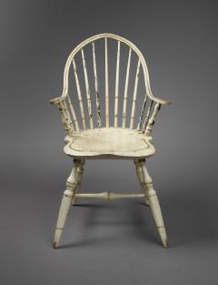 Rare Continuous Arm Windsor Chair Connecticut Circa 1800 - 155838