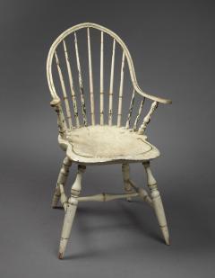Rare Continuous Arm Windsor Chair Connecticut Circa 1800 - 155839