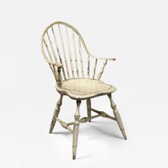 Rare Continuous Arm Windsor Chair Connecticut Circa 1800 - 156119