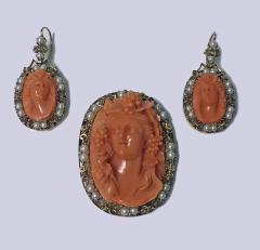 Rare Fine 19th Century Corallium Rubrum Pendant Brooch and Earrings C 1880 - 463931