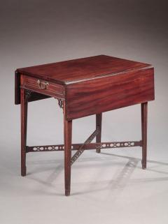 Rare Pembroke Table - 522726