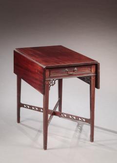 Rare Pembroke Table - 522727