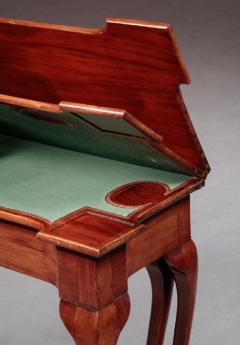 Rare Queen Anne Five Legged Triple Top Card Table - 558983