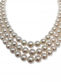 Rare triple strand of Akoya Japanese pearls - 2051866