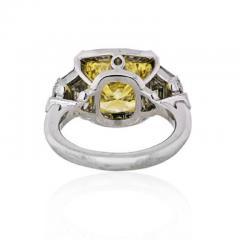 Raymond C Yard RAYMOND C YARD 5 CARAT ROUND DIAMOND FANCY INTENSE YELLOW GIA ENGAGEMENT RING - 1858397
