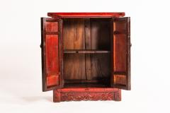 Red Lacquer Chinese Cabinet with a Pair of Doors - 1226091