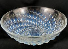 Ren Lalique Lalique Co Rene Lalique Volutes pattern opalescent glass bowl C 1934 - 1495274