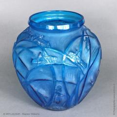 Rene Lalique A R Lalique Bleu Electric Grasshoppers 1912 Vase - 1414256