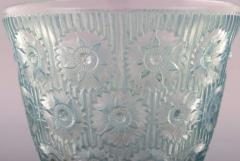 Rene Lalique Early large Edelweiss bowl in turquoise art glass decorated with flowers - 1422944