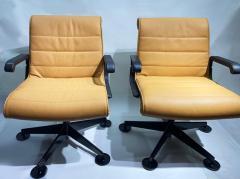 Richard Sapper Pair of Richard Sapper For Knoll Executive Desk Chairs - 2085936