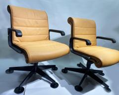 Richard Sapper Pair of Richard Sapper For Knoll Executive Desk Chairs - 2085937