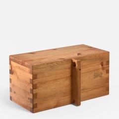 Roland Wilhelmsson Roland Wilhelmsson pine chest Sweden 1970s - 842519