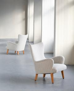 Rolf Engstr mer Pair of Rolf Engstr mer Armchairs in Pearl Boucl and Sycamore Sweden 1946 - 1247039
