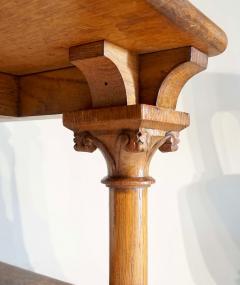 Romanesque Revival Oak Hall Seats Normandy - 2055307