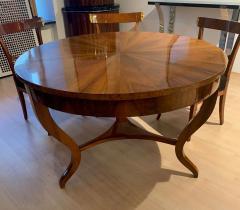 Round Biedermeier Table Walnut Veneer and Roots South Germany circa 1825 - 1201718