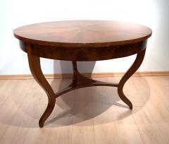 Round Biedermeier Table Walnut Veneer and Roots South Germany circa 1825 - 1201723