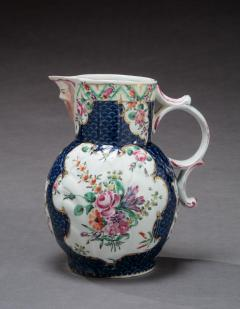 Royal Worcester FIRST PERIOD WORCESTER PORCELAIN PITCHER - 1904045