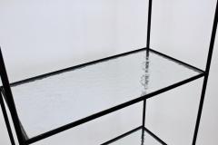 Russell Woodard Woodard Furniture Russell Woodard Four Shelf tag re in Black Iron and Art Glass 1950s - 1800446