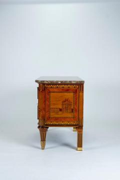 Russian Neoclassical Commode with Marble Top - 1206441