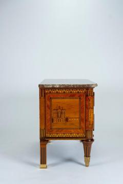 Russian Neoclassical Commode with Marble Top - 1206443