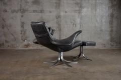 SEAGULL CHAIR AND OTTOMAN - 1052530