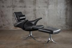 SEAGULL CHAIR AND OTTOMAN - 1052533