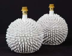 Santo Stefano Pair of Italian White Glazed Sculptural Modern Table Lamps By Santo Stefano - 1350047