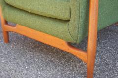 Scandanavian Modern Walnut Lounge Chair - 982982