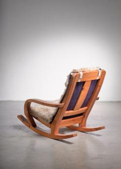 Scandinavian Modern pine rocking chair - 1989224